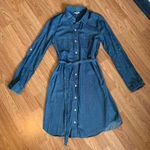 Old Navy Wrap Dress, Chambray, Size Medium Tall